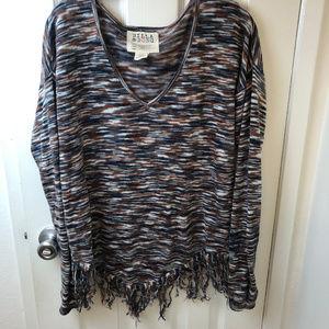 Billabong  V neck  multicolor fringe sweater. L